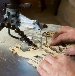 corte madera sierra marqueteria