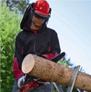 motosierra para cortar madera